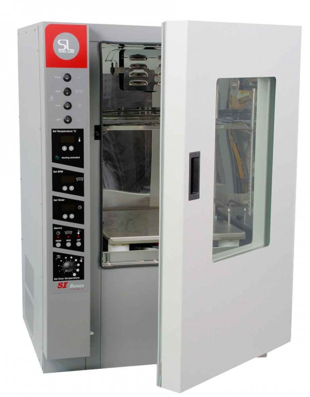 Incubator cu agitare capacitate 152 L
